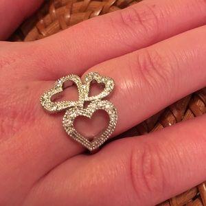 NIB Avon Rhinestone Triple Heart Ring Sz L